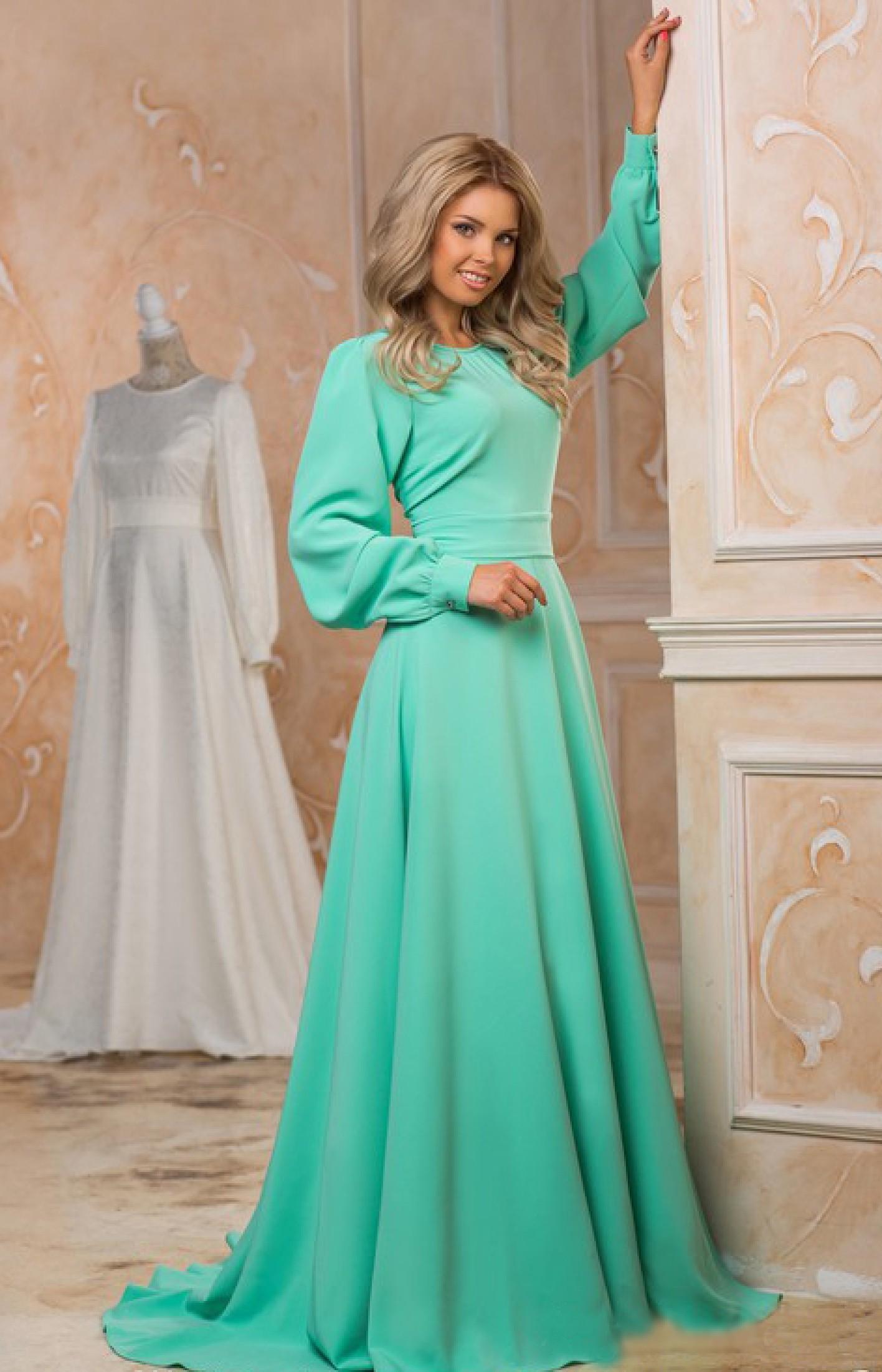 2739513c44f Купить длинное платье в пол с открытой спиной. Пошив дизайнерского платья  на заказ. Интернет магазин длиных платьев Радэлия