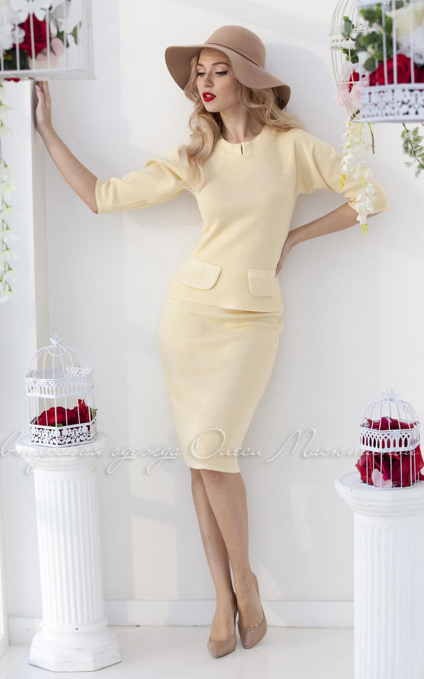 f8fdc094fb0 Купить офисный женский костюм. Женский классический костюм с юбкой в ...